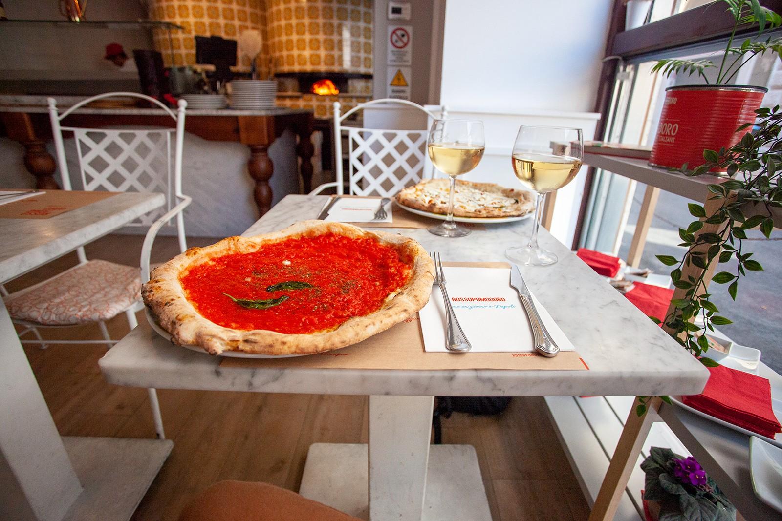 Неаполитанска пица в Рим